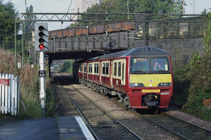 320317 Scotstounhill 13/10/2004