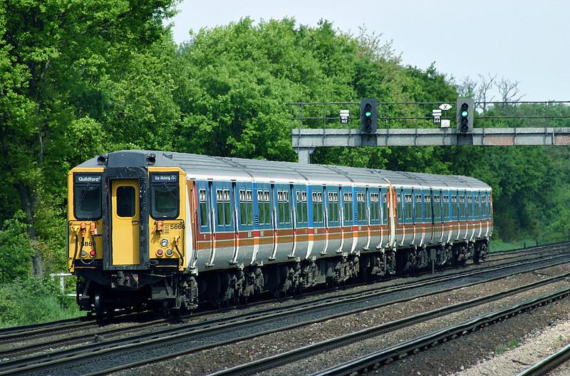 5866 and 5851, Hersham 15/5/2004