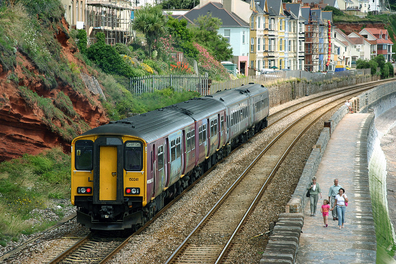 150241 and 158871, Dawlish 15/7/2004