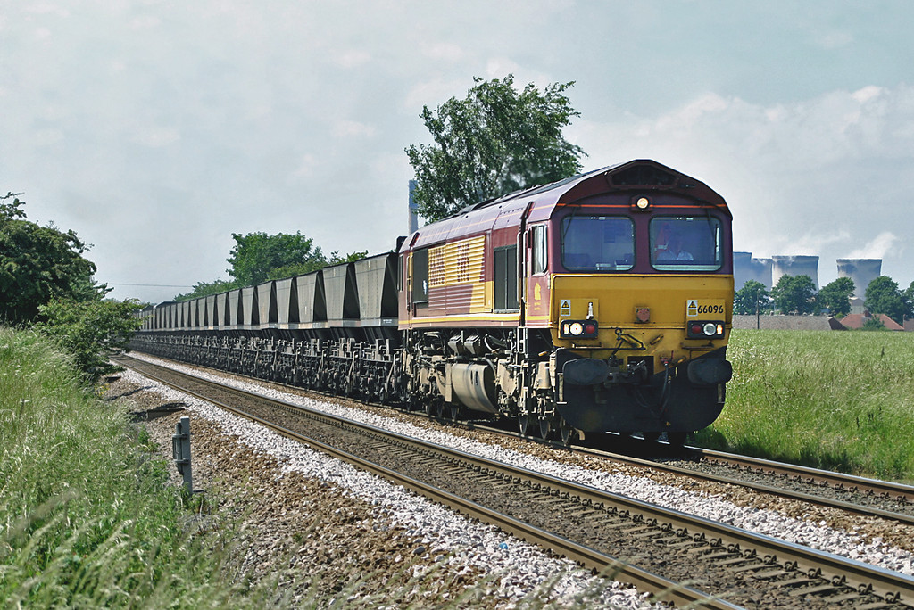 66096 Knottingley 16/6/2004
