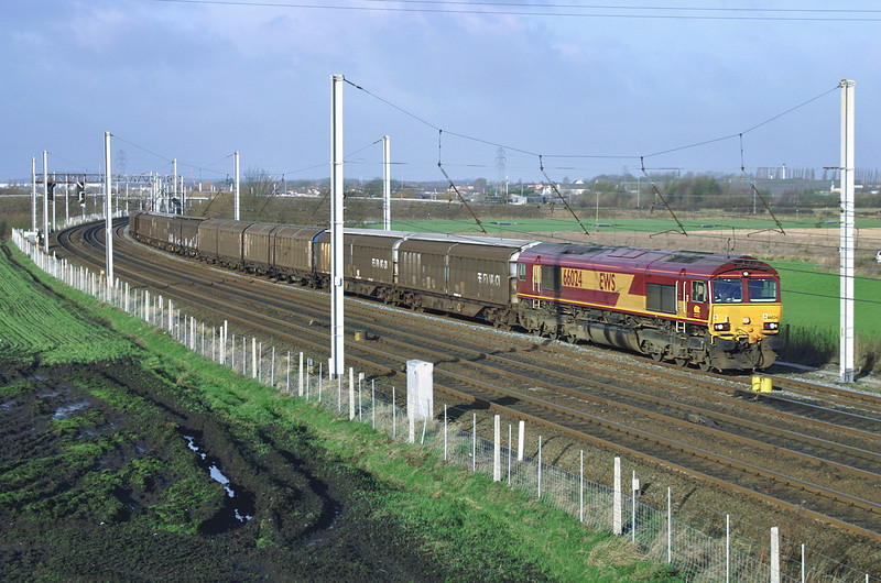 66024 Winwick Junction 16/12/2004