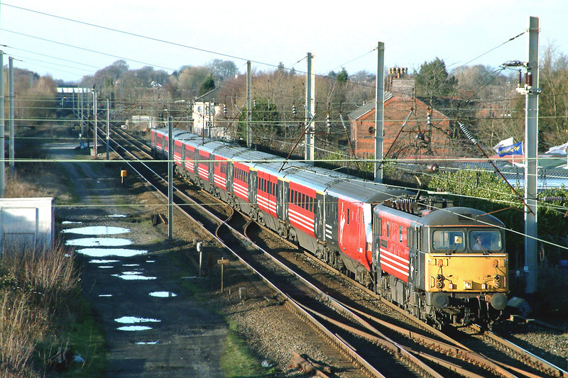 87015 and 87030, Coppull 20/2/2004