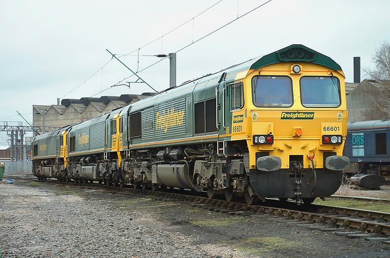 66601, 66531 and 66560, Crewe 20/3/2004