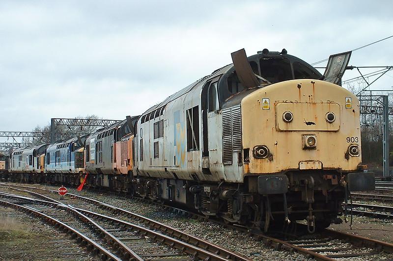 37903, 37713, 37420 and 37889, Crewe 20/3/2004