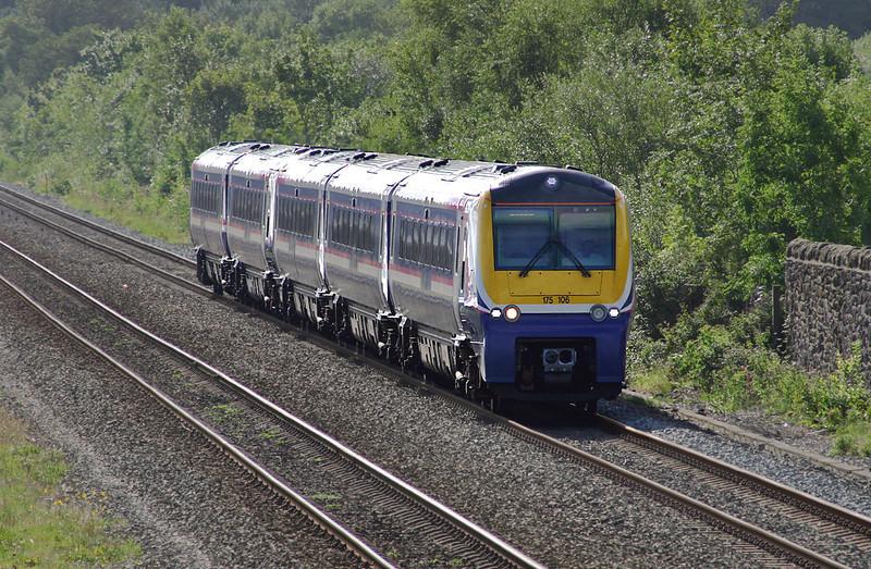 175106 and 175007, Ffynnongroyw 21/8/2004