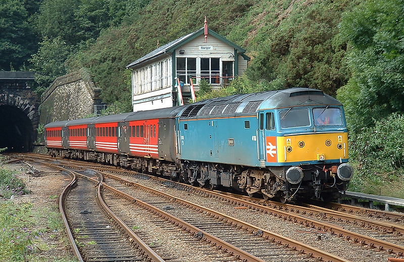 47853 Bangor 23/8/2004<br /> 1H52 1335 Holyhead-Manchester Piccadilly
