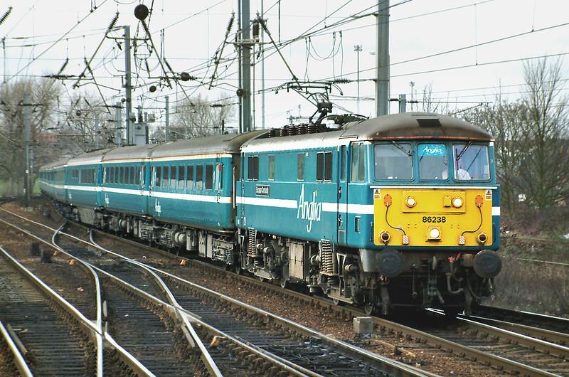 86238 Ipswich 26/1/2004