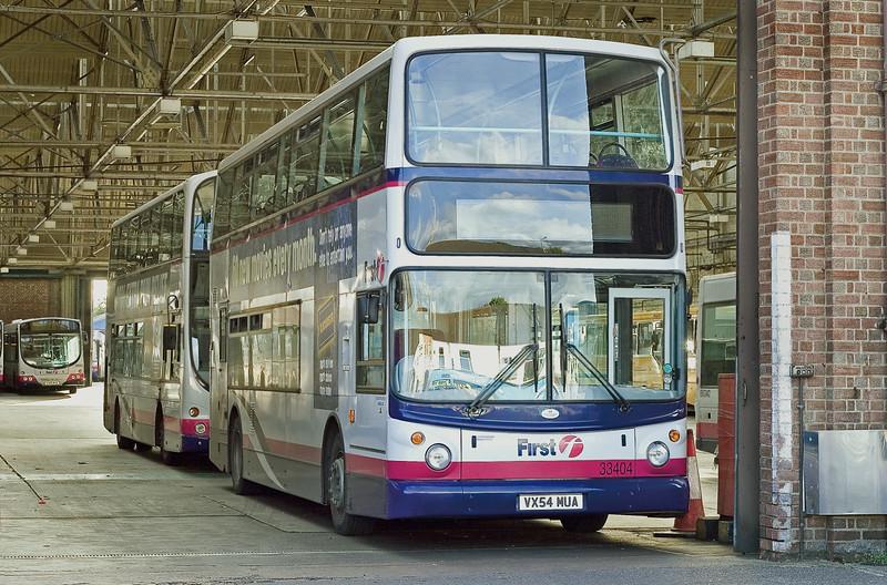 33404 VX54MUA, Northampton 1/10/2005