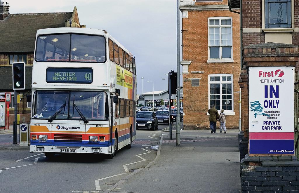 16232 S762DRP, Northampton 1/10/2005