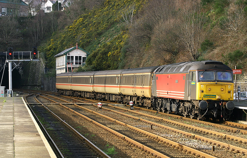 47843 Bangor 2/2/2005<br /> 1H52 1335 Holyhead-Manchester Piccadilly