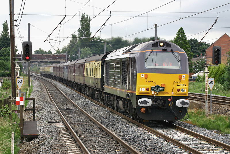 67005 Leyland 2/7/2005<br /> 1Z62 0550 Bristol Temple Meads-Carlisle