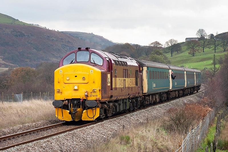 37419 Pontlottyn 3/12/2005<br /> 2R18 1058 Cardiff Central-Rhymney