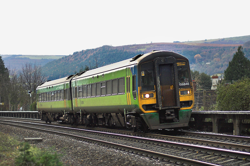 158846 Abergavenny 3/12/2005<br /> 1W24 0844 Cardiff Central-Manchester Oxford Road