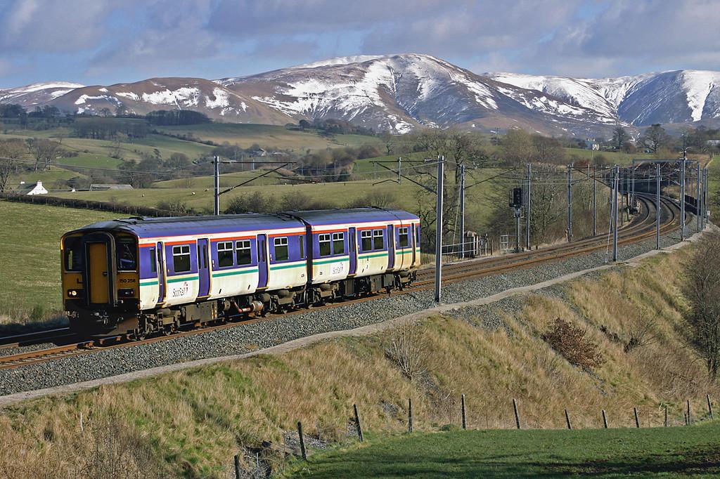 150258 Docker 4/3/2005<br /> 5Z15 0934 Haymarket TMD-Cardiff Canton TMD
