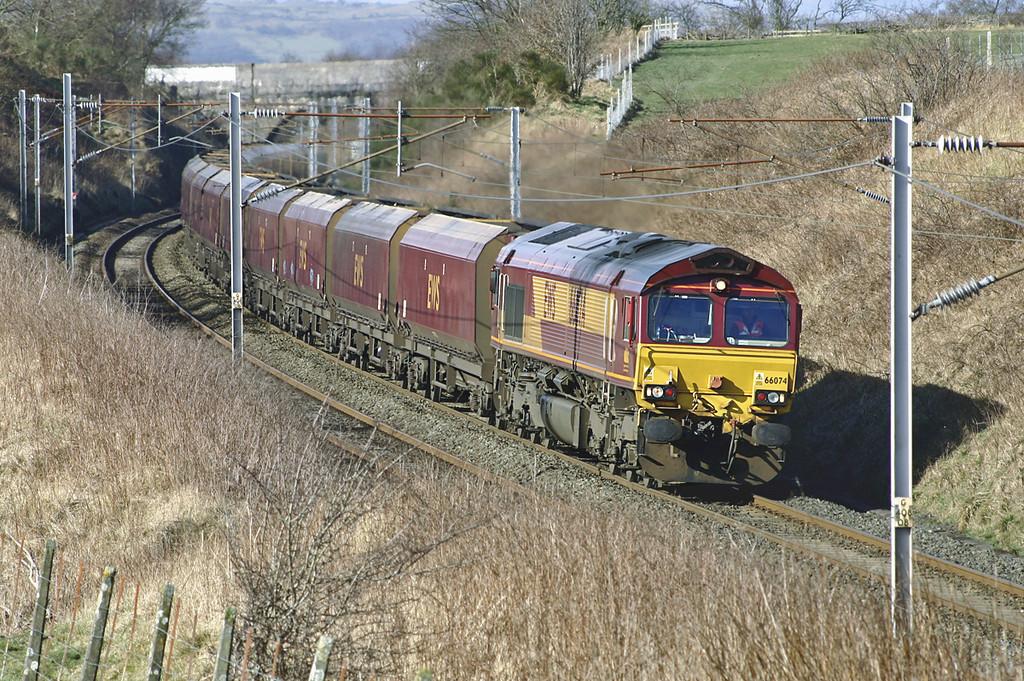 66074 Docker 4/3/2005<br /> 4S14 0806 Fiddlers Ferry PS-Carlisle Yard
