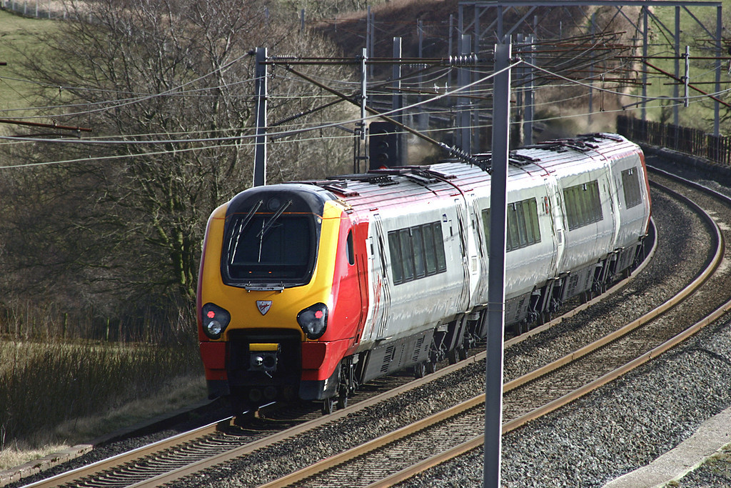 220004 Docker 4/3/2005<br /> 1S43 0856 Manchester Piccadilly-Glasgow Central