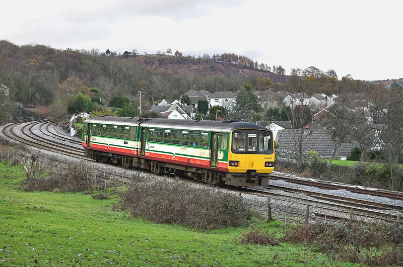 1430605 Ystrad Mynach 4/12/2005<br /> 2R12 1405 Cardiff Central-Rhymney
