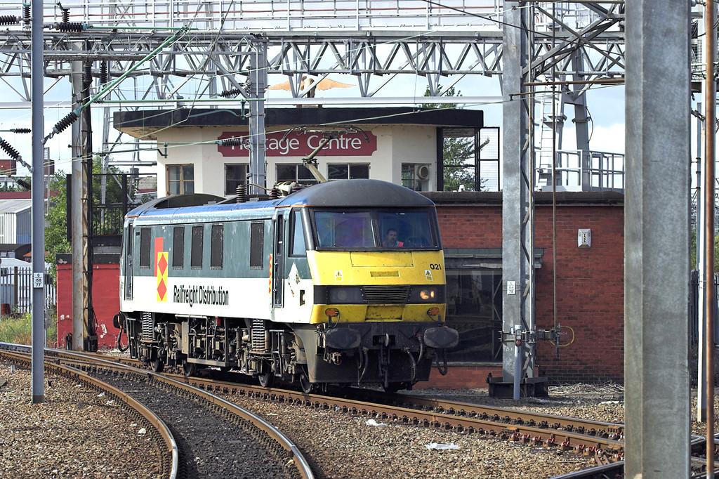 90021 Crewe 6/8/2005