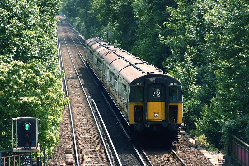 3565 and 3467, Longfield 7/6/2005<br /> 2K68 1015 Faversham-London Victoria