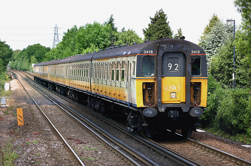 3416 and 3591, Longfield 7/6/2005<br /> 2K22 1041 London Victoria-Faversham