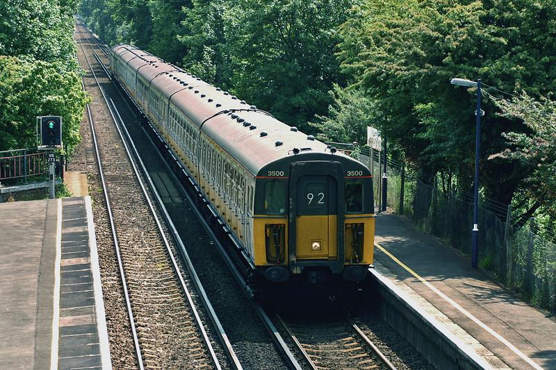 3500 and 3587, Longfield 7/6/2005<br /> 2K70 1045 Faversham-London Victoria