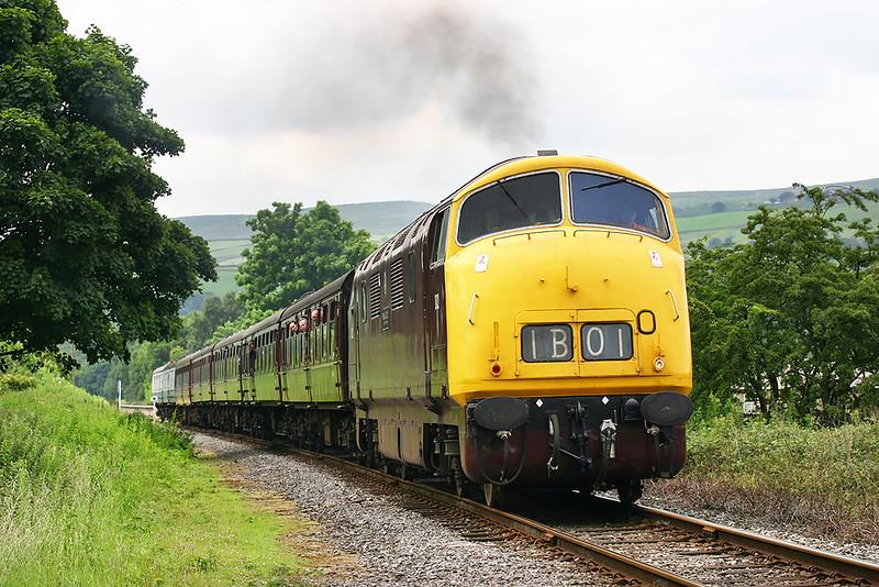 D832 Irwell Vale 7/7/2005<br /> 1J05 1040 Bury Bolton Street-Rawtenstall