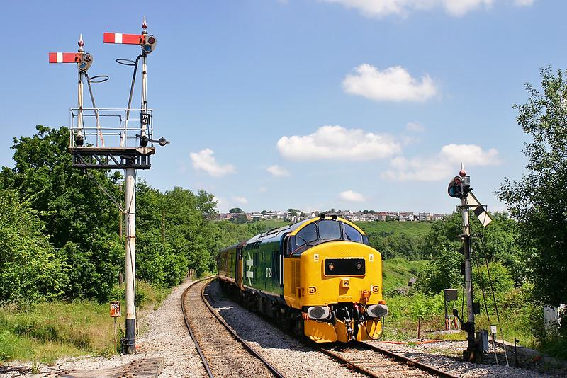 37425 Ystrad Mynach 9/7/2005<br /> 2F26 1215 Rhymney-Cardiff Central