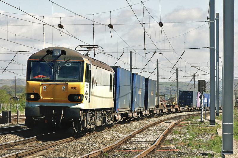 92002 Carnforth 10/5/2005<br /> 4M42 0630 Mossend-Daventry