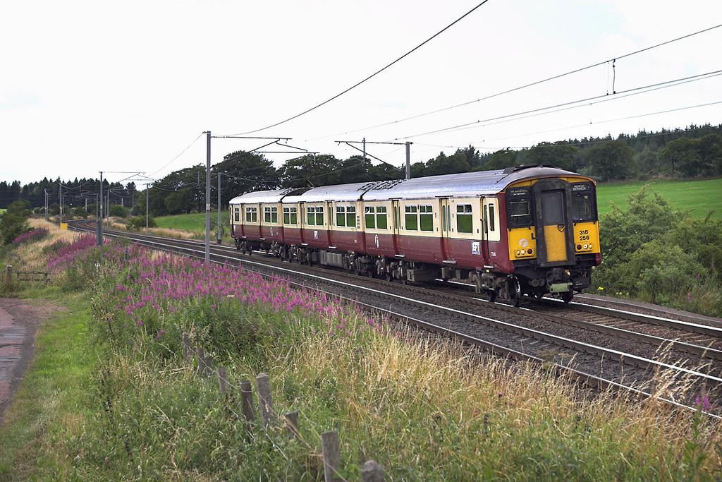 318256 Cartland 10/8/2005<br /> 2Y10 1519 Glasgow Central-North Berwick