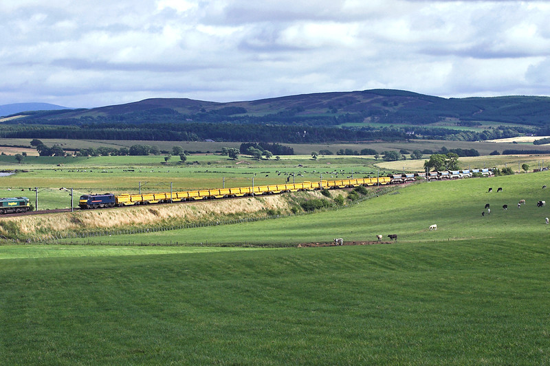 90024 Pettinain 10/8/2005<br /> 6S50 1255 Carlisle Yard-Millerhill Yard