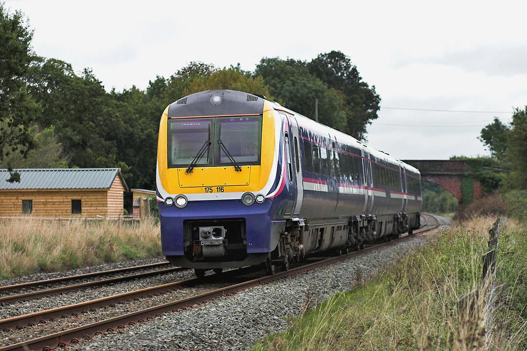 175116 Rowton 10/9/2005<br /> 1D75 1517 Crewe-Holyhead