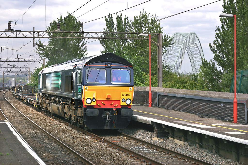 66407 Runcorn 11/5/2005<br /> 4Z46 1205 Ditton FLT-Purfleet