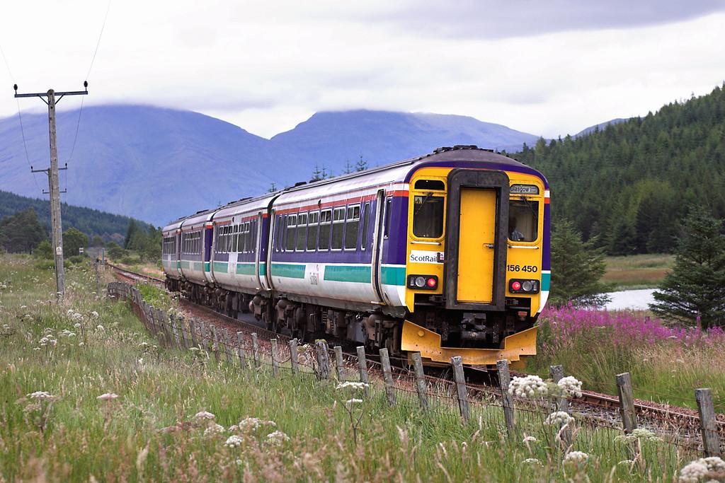 156450 and 156485, Lochain Na Bi 11/8/2005<br /> 1Y24 1320 Oban-Glasgow Queen Street