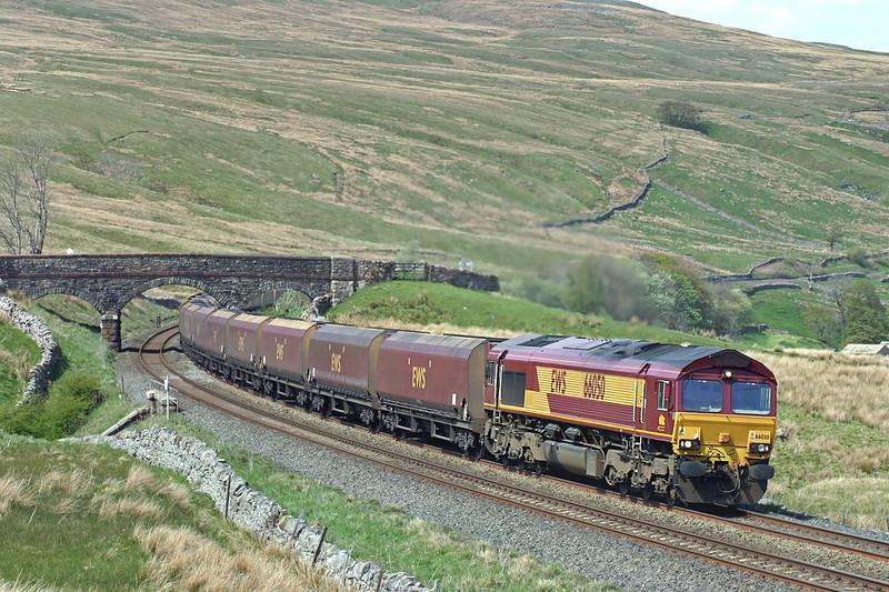 66050 Ais Gill 12/5/2005<br /> 6M33 0927 Falkland Yard-Ratcliffe PS
