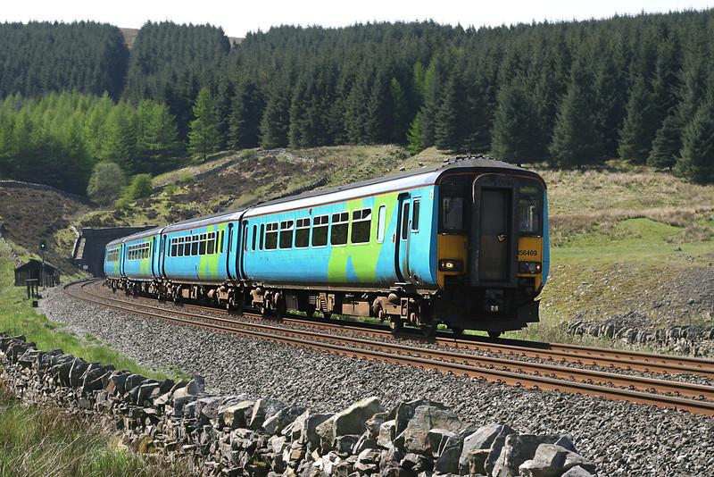 156469 and 156468, Denthead 12/5/2005<br /> 2H86 1049 Leeds-Carlisle