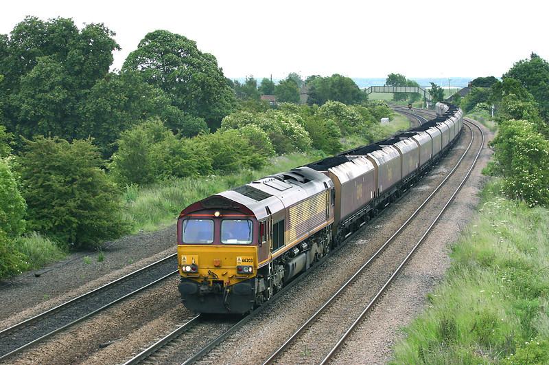 66203 Melton Ross 16/6/2005<br /> 6C76 1218 Immingham Bulk Terminal-Scunthorpe