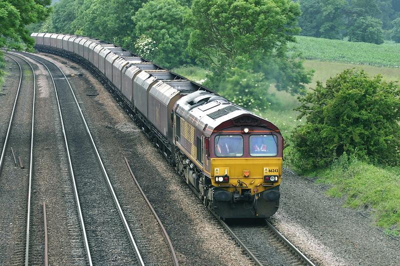66243 Melton Ross 16/6/2005<br /> 4C75 1302 Scunthorpe-Immingham Bulk Terminal