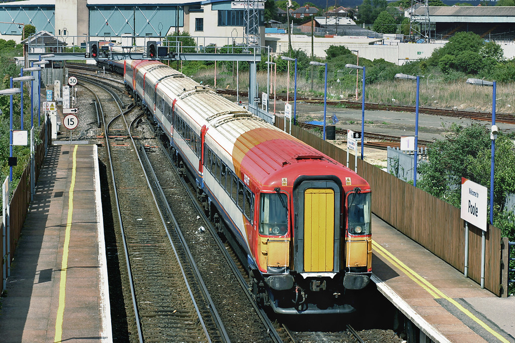 2406 and 2415, Poole 17/5/2005<br /> 1B54 1501 Poole-London Waterloo