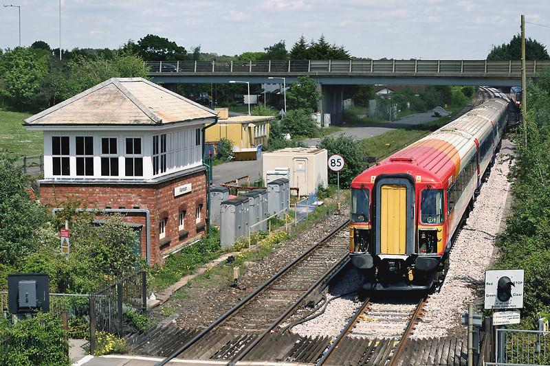 2411 Wareham 17/5/2005<br /> 1W31 1135 London Waterloo-Weymouth