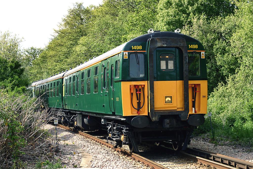 1498 Lymington Town 17/5/2005<br /> 1J43 1629 Brockenhurst-Lymington Pier