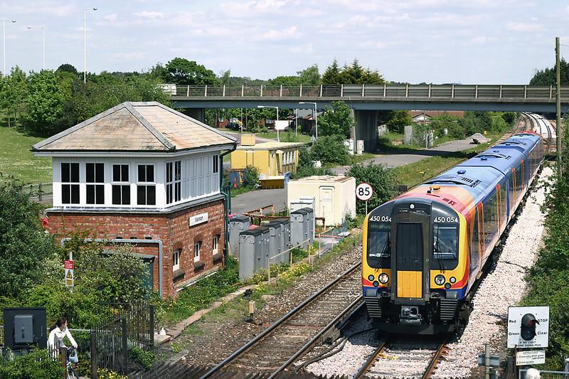 450054 Wareham 17/5/2005<br /> 2W50 1359 Wareham-London Waterloo