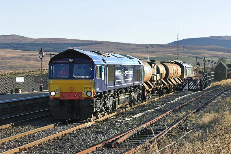 66405 and 66401, Ribblehead 17/11/2005<br /> 4Z06 0300 Carlisle Kingmoor-Carlisle Kingmoor