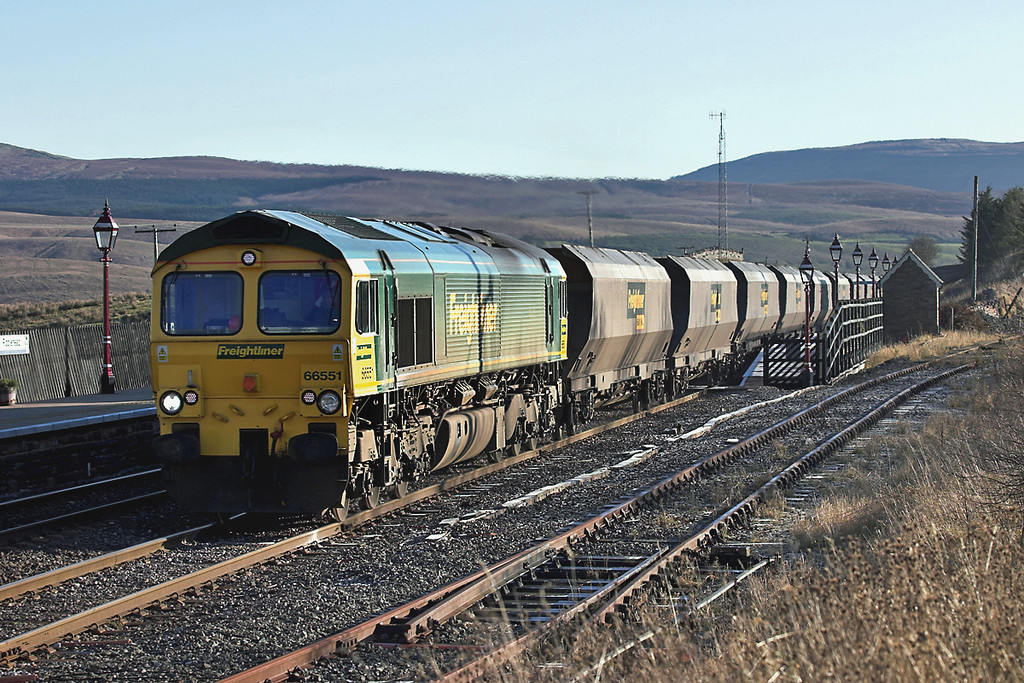 66551 Ribblehead 17/11/2005<br /> 4S11 0730 Drax PS-Killoch