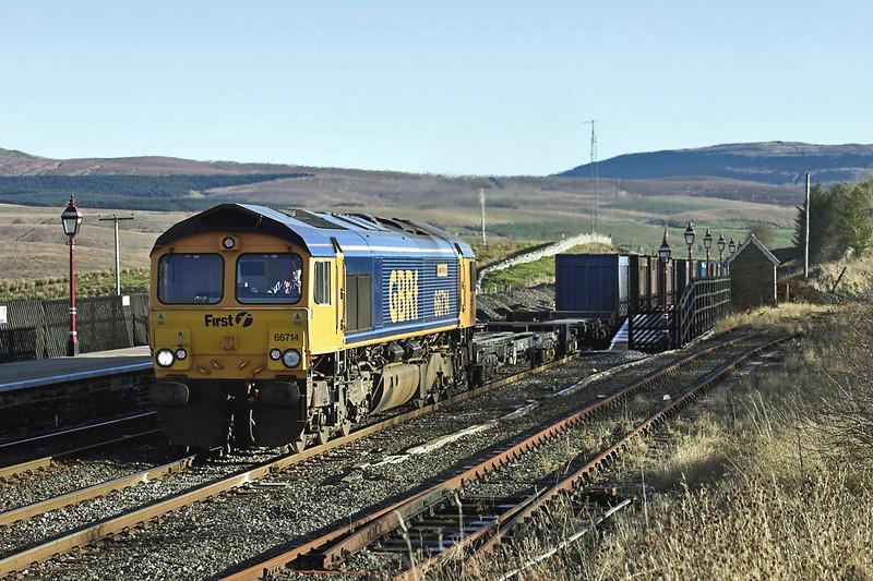 66714 Ribblehead 17/11/2005<br /> 4M52 0615 West Burton PS-Newbiggin