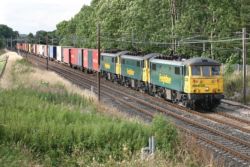 86632, 86610 and 86607, Brock 18/7/2005<br /> 4M74 1410 Coatbridge-Basford Hall