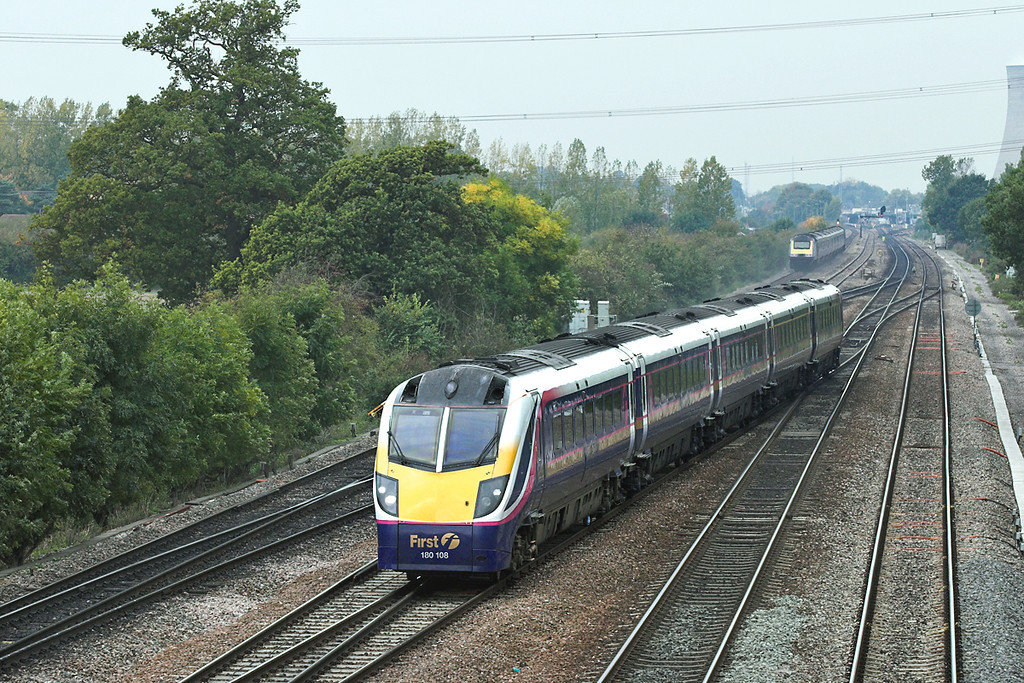 180108 South Moreton 18/10/2005<br /> 1F40 1200 Oxford-London Paddington