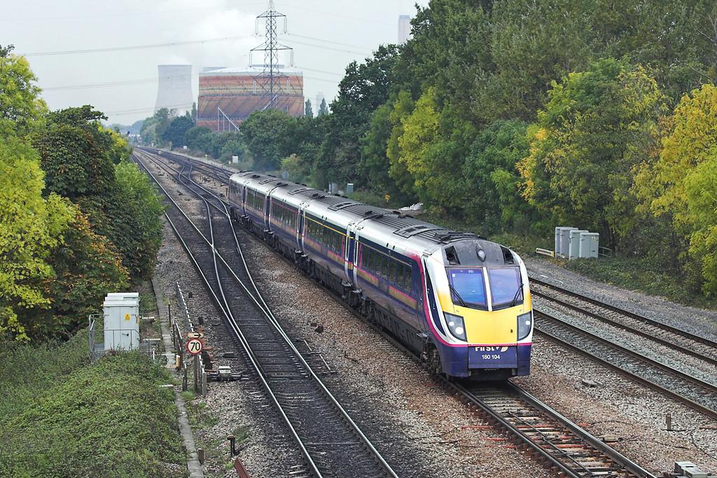 180104 South Moreton 18/10/2005<br /> 1L42 0930 Cheltenham Spa-London Paddington