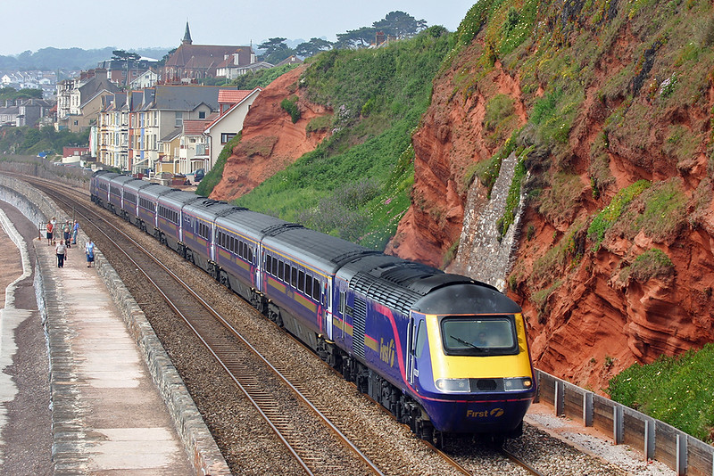 43033 and 43181, Dawlish 19/6/2005<br /> 1A82 0845 Penzance-London Paddington