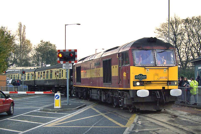 60042 Preston Docks 19/11/2005<br /> 1Z37 0655 Newport-Preston Docks