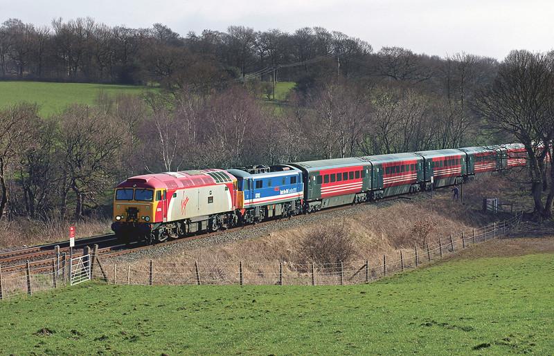 57315 and 87012, Heath Charnock 20/3/2005<br /> 1P85 1048 Northampton-Preston